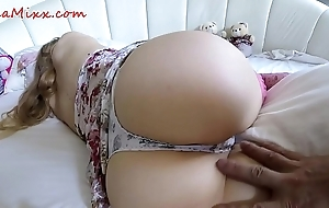 Slumberous stepsister wakes add up to stagger nigh her chocolate hole - lea mixx
