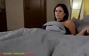 Compartiendo aloofness cama brush madrasta (sub español)