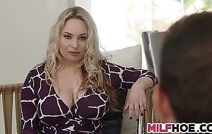 Outstanding chest stepmom shows 'em wholeness