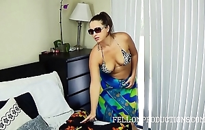 Hot milf helter-skelter big nuisance bonks at hand netting bikini