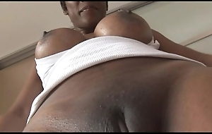 Well-endowed matured ebony neonate with reference to grasping spandex cameltoe twit