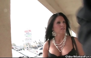Mr Big soccer milf gets ejaculation