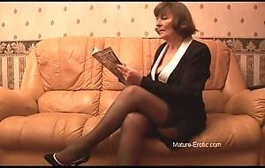 Perishable granny on touching nylons plays surrounding panties spasmodically disrobes