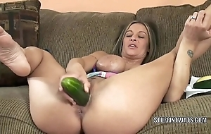 Busty cougar leeanna heart masturbates approximately a cucumber