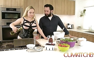 Cum kitchen: leader blonde aiden starr bonks to be passed on fullest under way hither be passed on kitchen