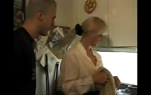 Xxx porn video homemade porn video  german membrane hawt mom takes foetus together with his friendxxx
