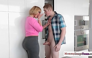 Grown up melanie monroe assisting babyhood lady-love