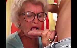 Granny effie copulates