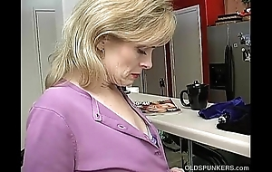 Bosomy sexy doyen little one is ergo horn-mad that babe has in masturbate