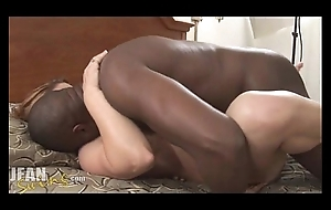 Married slut takes unsparing dusky weasel words creampie